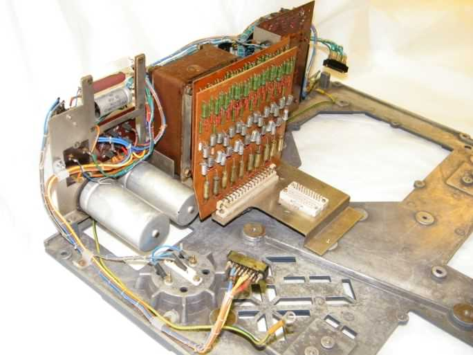 Power supply assembly after restoration, click image for a larger version
