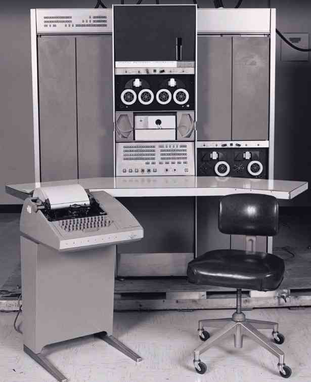 PDP-7 sales photo