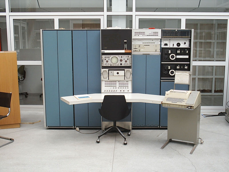 PDP-7/A Serial number 115, Norway (unknown location) - ©2009 Tore Sinding Bekkedal, click for larger image